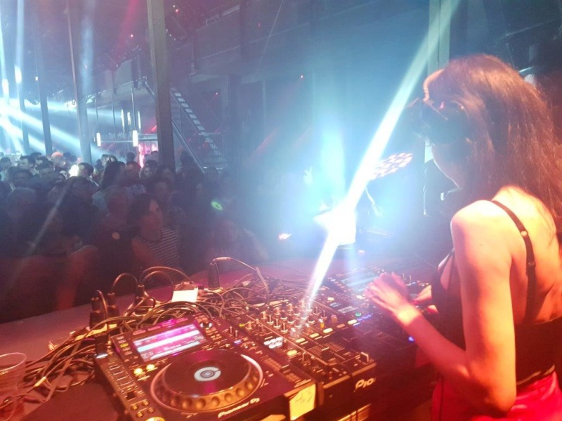 FRAULEIN Z – Rauwe Underground Party Techno!